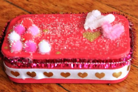 Pinning with Margaret: DIY Candy Container Valentine