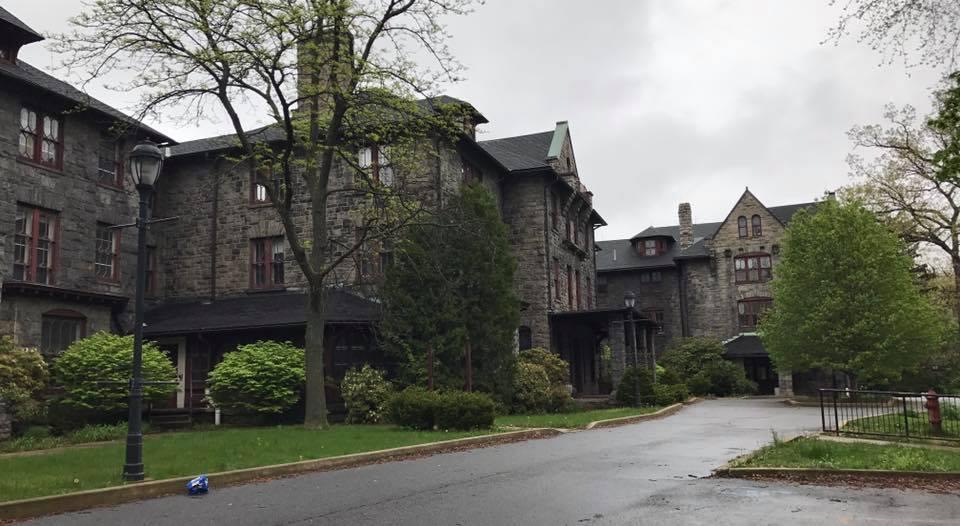 The+property+is+located+on+North+Washington+Avenue%2C+Scranton.