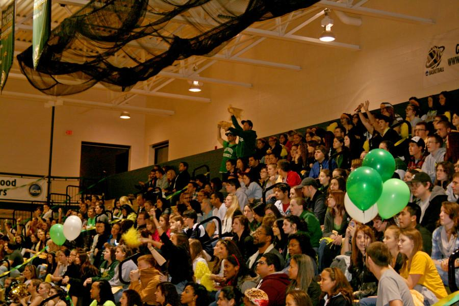 Students+support+athletics+at+Marywood+Madness