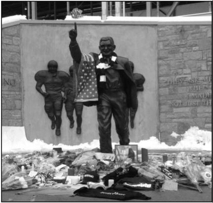 Joe Paterno 1926 - 2012: Mistake shouldn't alter legacy