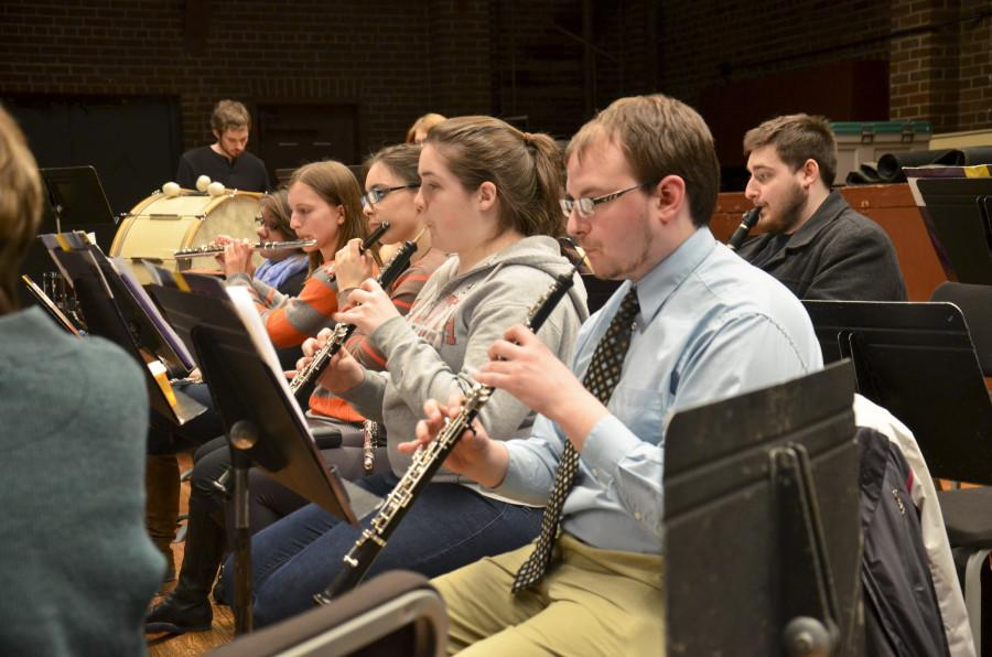 Members+of+the+Wind+Ensemble+head+to+state-wide+concert