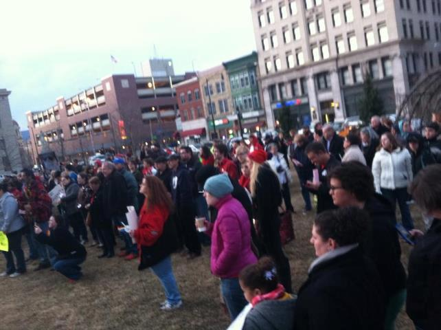 Candlelight vigil advocates for marriage equality