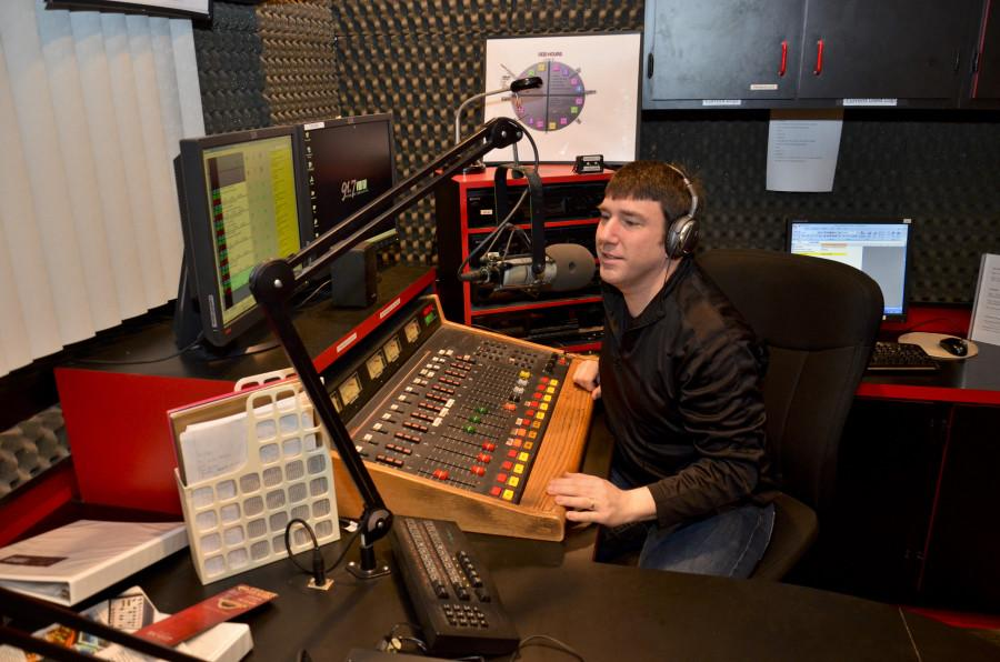 Joseph+Chrobak%2C+senior+communication+arts+major%2C++broadcasts+on+VMFM+91.7%2C+Marywood%27s+student+run+radio+station+that+was+just+awarded+Electric+City%27s+Best+College+Radio+station.