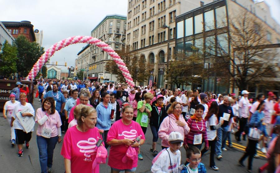 A+sea+of+pink+flooded+the+streets+of+Scranton+for+Susan+G.+Komen%27s+Race+for+the+Cure.