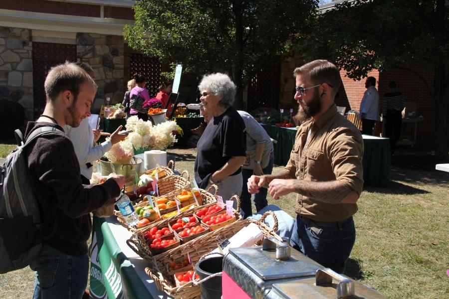 Food Day brings local farmers to campus