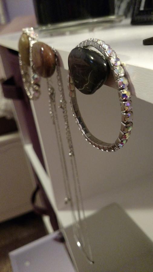 DIY-+Stone+Hanger