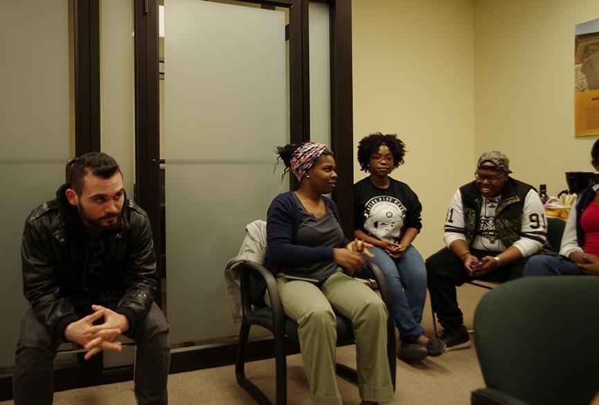 Tea+Talk+allows+students+to+discuss+diversity