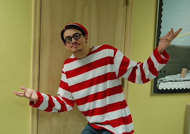 Tom+Muscarello+as+Waldo.