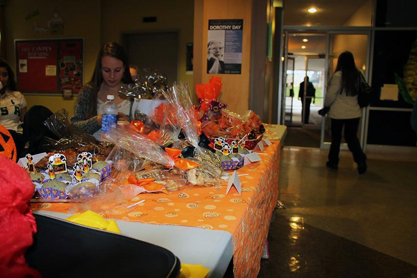 Project+HEAL+hosts+their+Bake+Sale+in+the+Nazareth+Student+Center+on+Oct.+28.+
