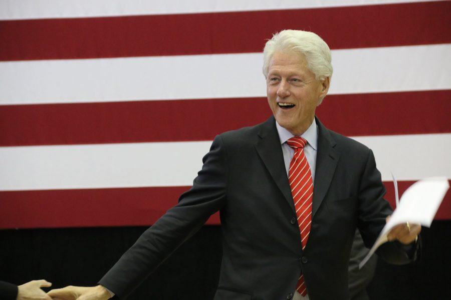 Bill+Clinton+campaigns+for+wife+in+Scranton