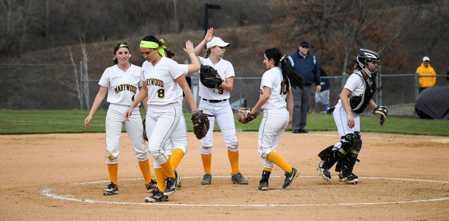 The+softball+team+currently+sits+as+the+%232+seed+behind+only+Neumann+University+in+the+CSAC+standings.+Photo+courtesy+of+Marywood+Athletics.
