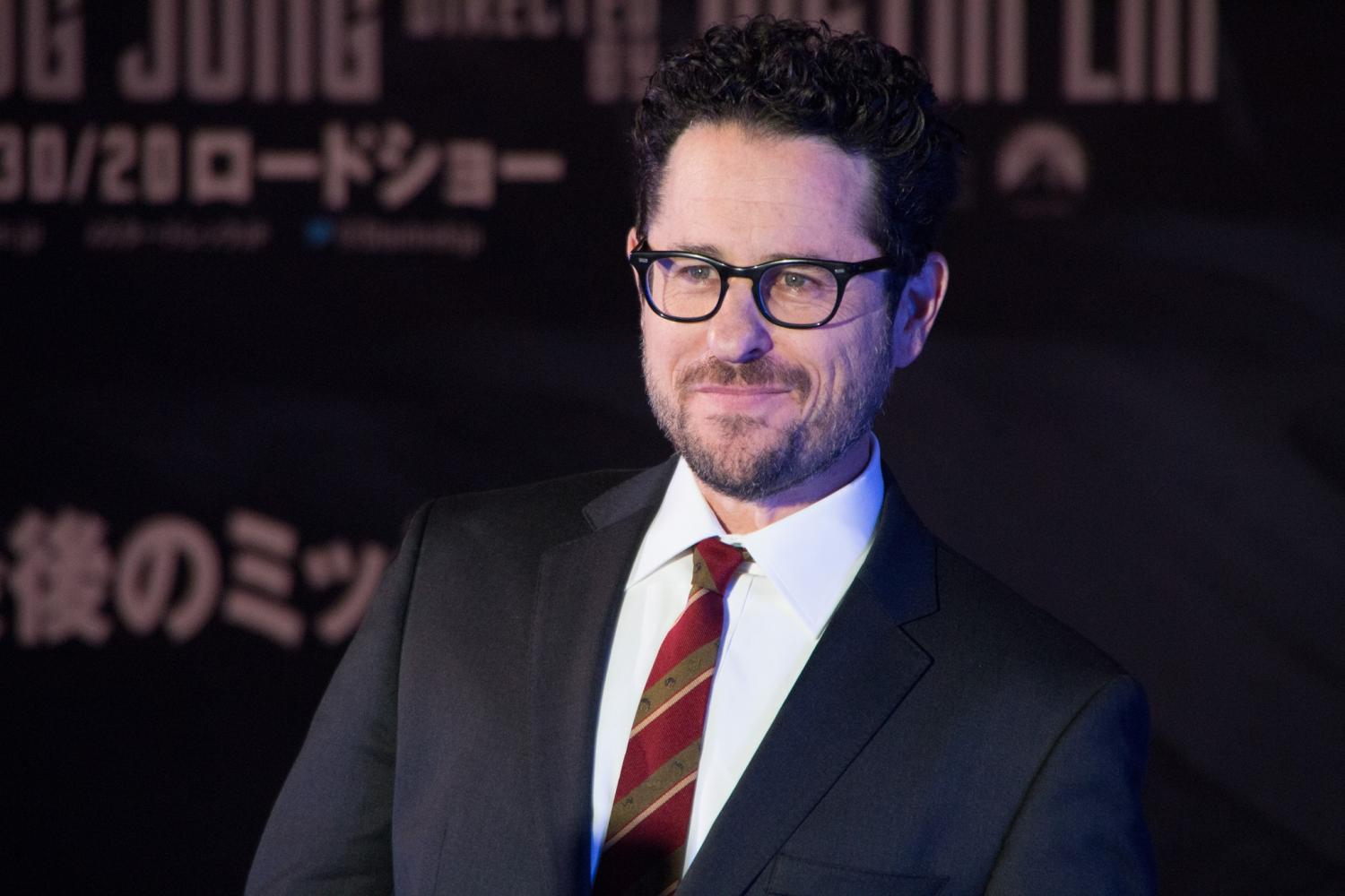 Paramount Could Sue JJ Abrams for Directing Star Wars 9