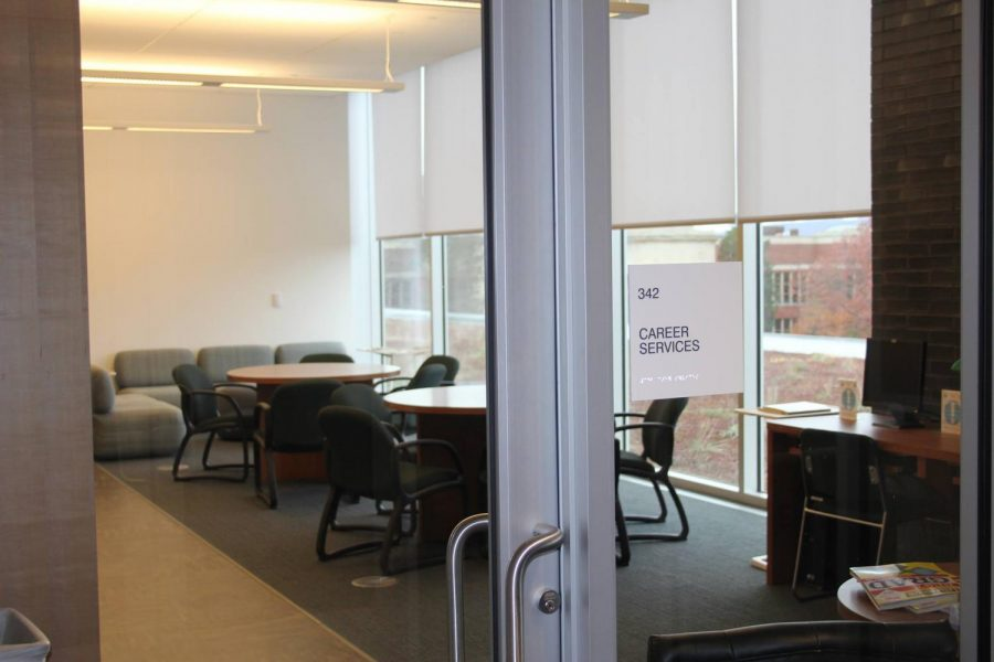 The+new+Career+Services+department+is+located+in+room+342+of+the+Learning+Commons.