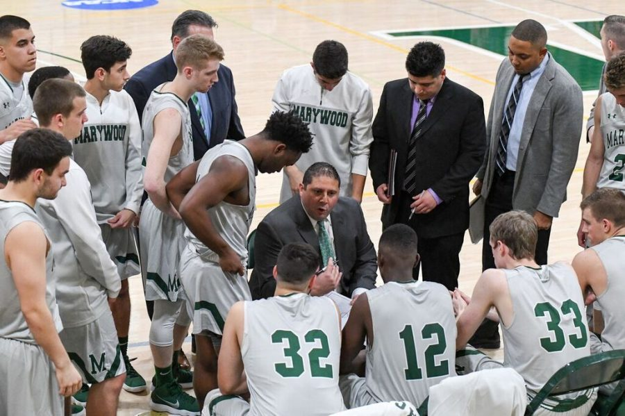 Men%27s+basketball+slips+to+6-8+in+the+conference+after+second-straight+blowout+loss.+Photo+credit%3A+Photo+courtesy+of+Marywood+Athletics
