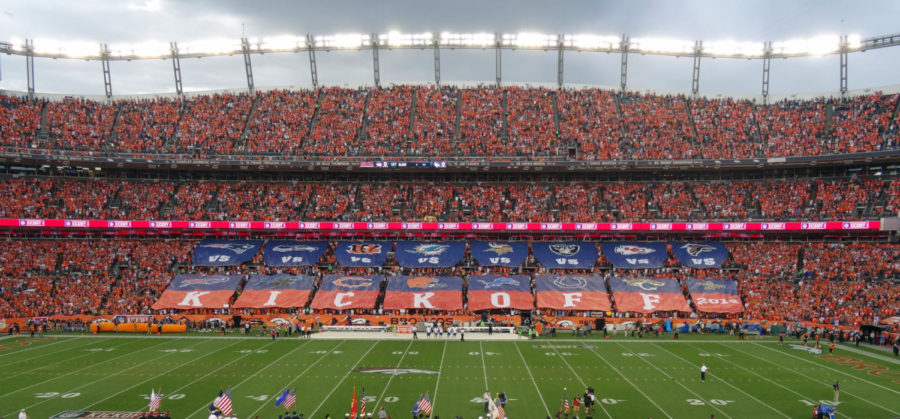 The+NFL+began+the+first+week+of+the+regular+season+on+Thursday%2C+September+9.